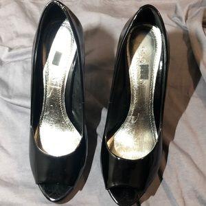 Gianni Bini Black Leather Heel
